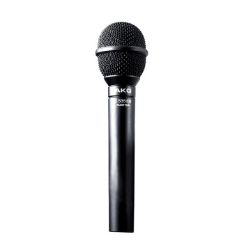 Microphone en main
