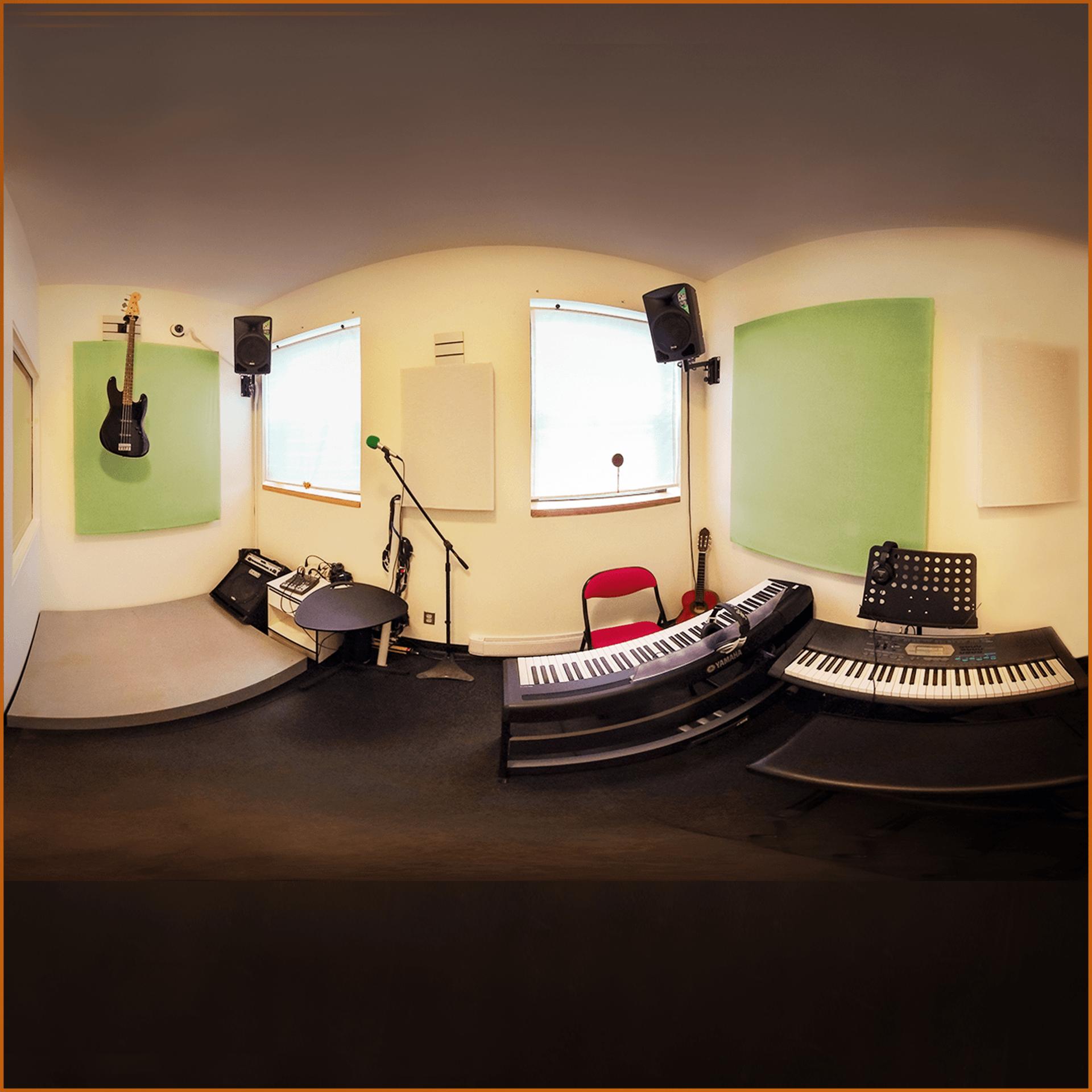 Studio Emin offrant polyvalence des instruments
